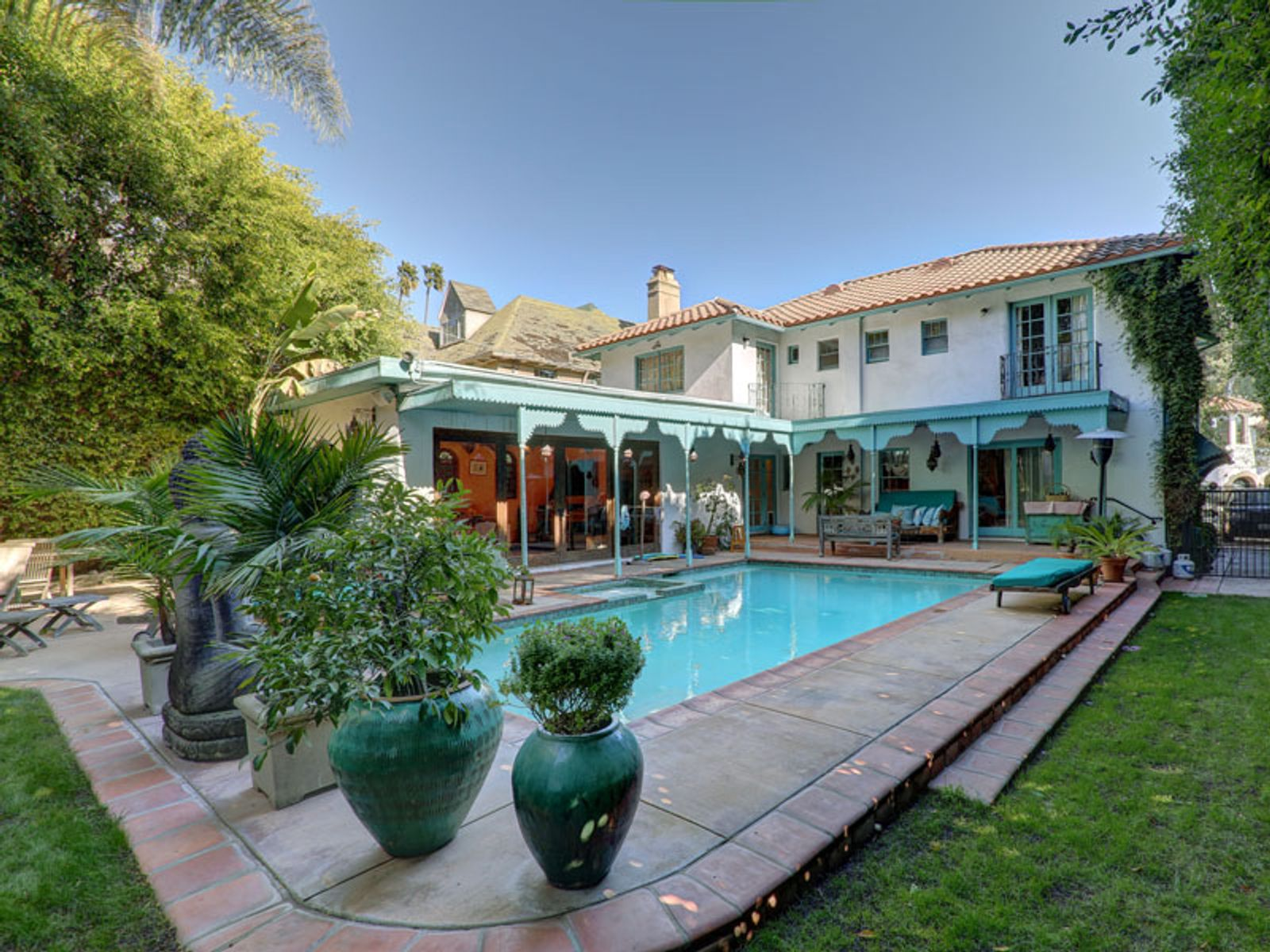 Mediterranean Circa 1922, Los Angeles CA Single Family Home - Los Angeles Real Estate