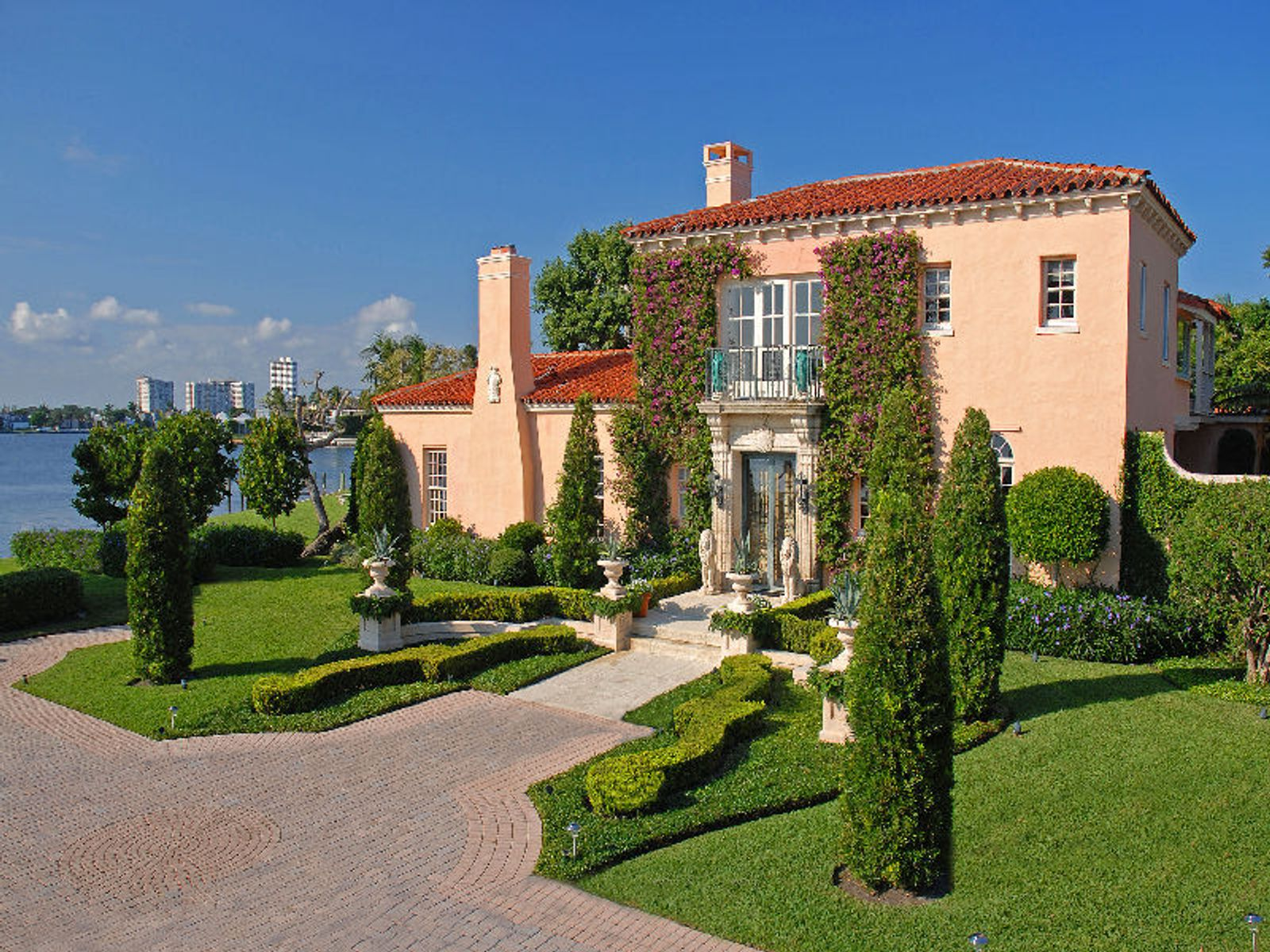 Lakefront Mediterranean, Palm Beach FL Single Family Home - Palm Beach Real Estate