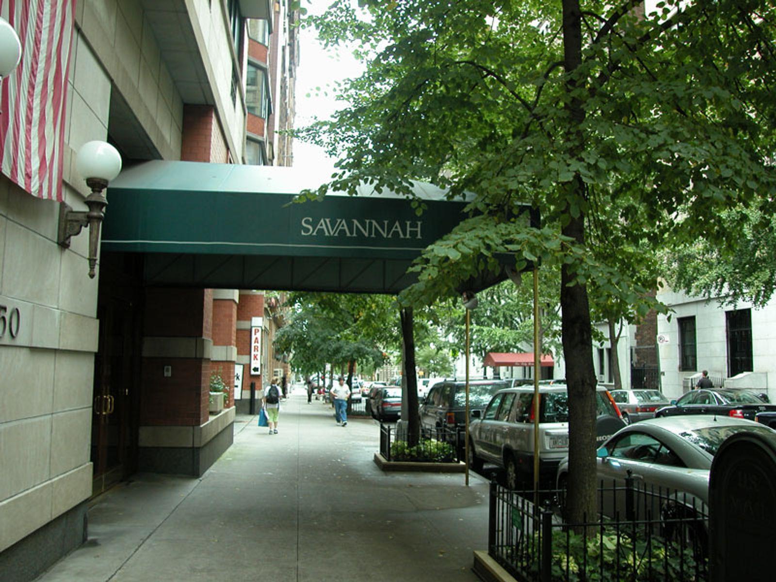 The Savannah - 250 W 89th Street PH1B
