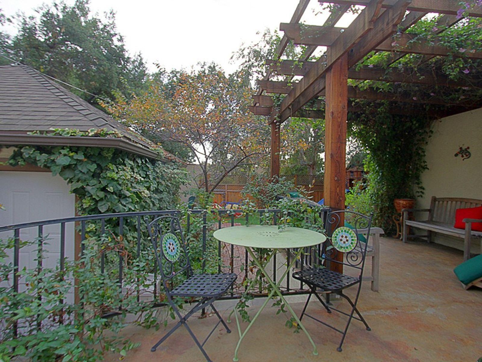 Northeast Pasadena English Cottage