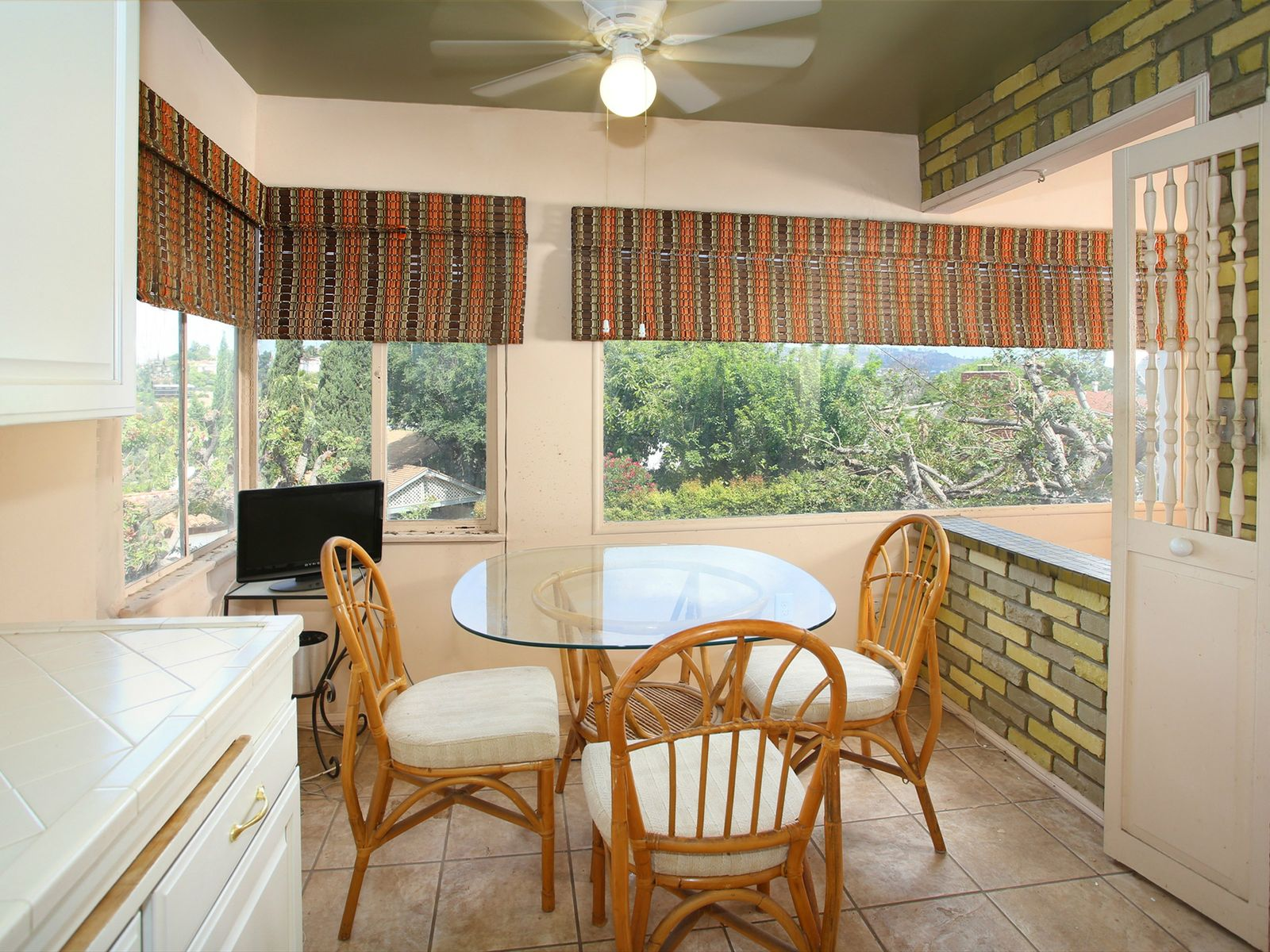 Silver Lake Charmer with Views