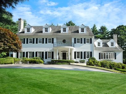 Clapboard Ridge Classic, Greenwich CT Single Family Home - Greenwich Real Estate