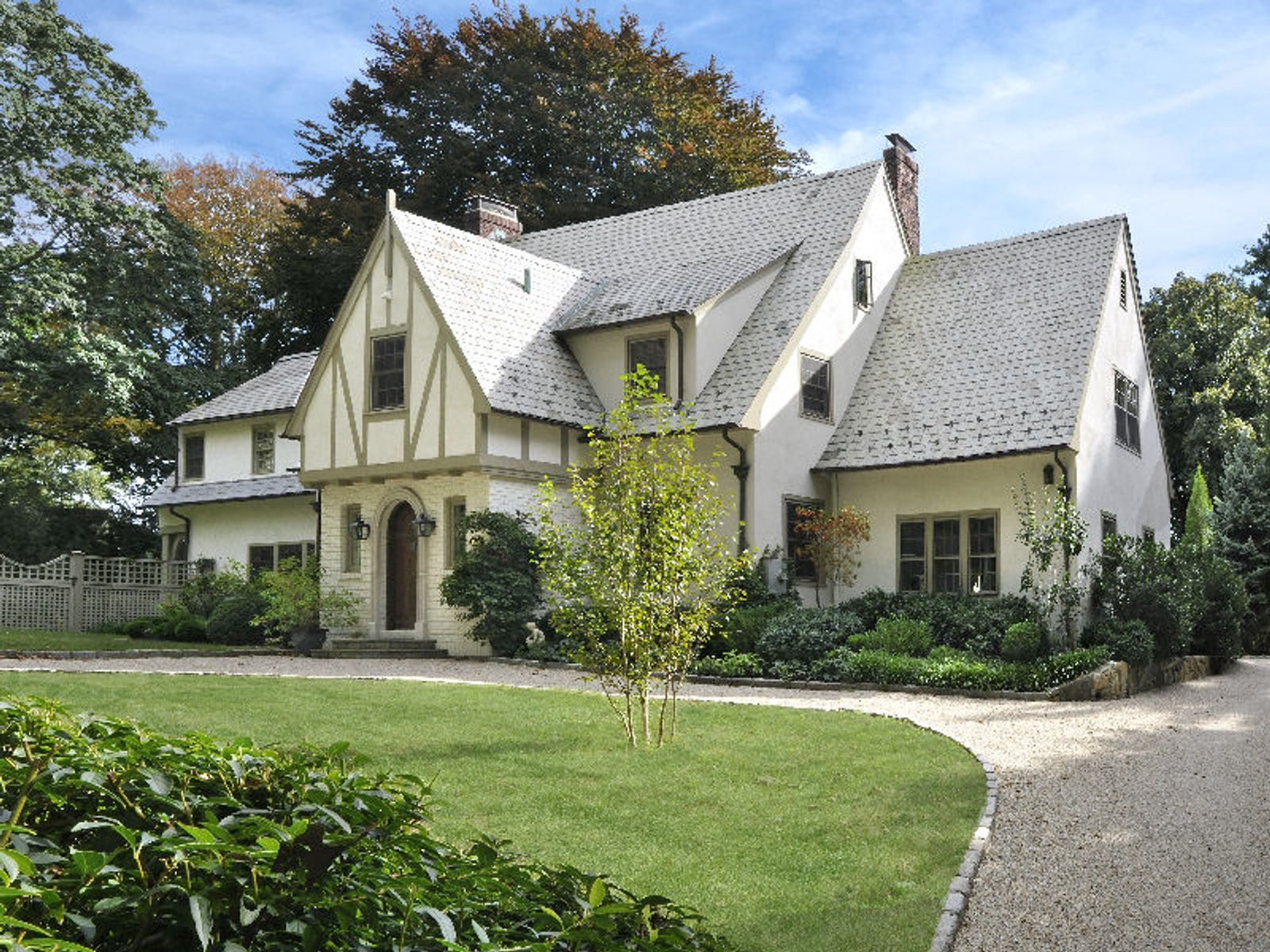 Pristine Home in Private Association, Greenwich CT Single Family Home - Greenwich Real Estate