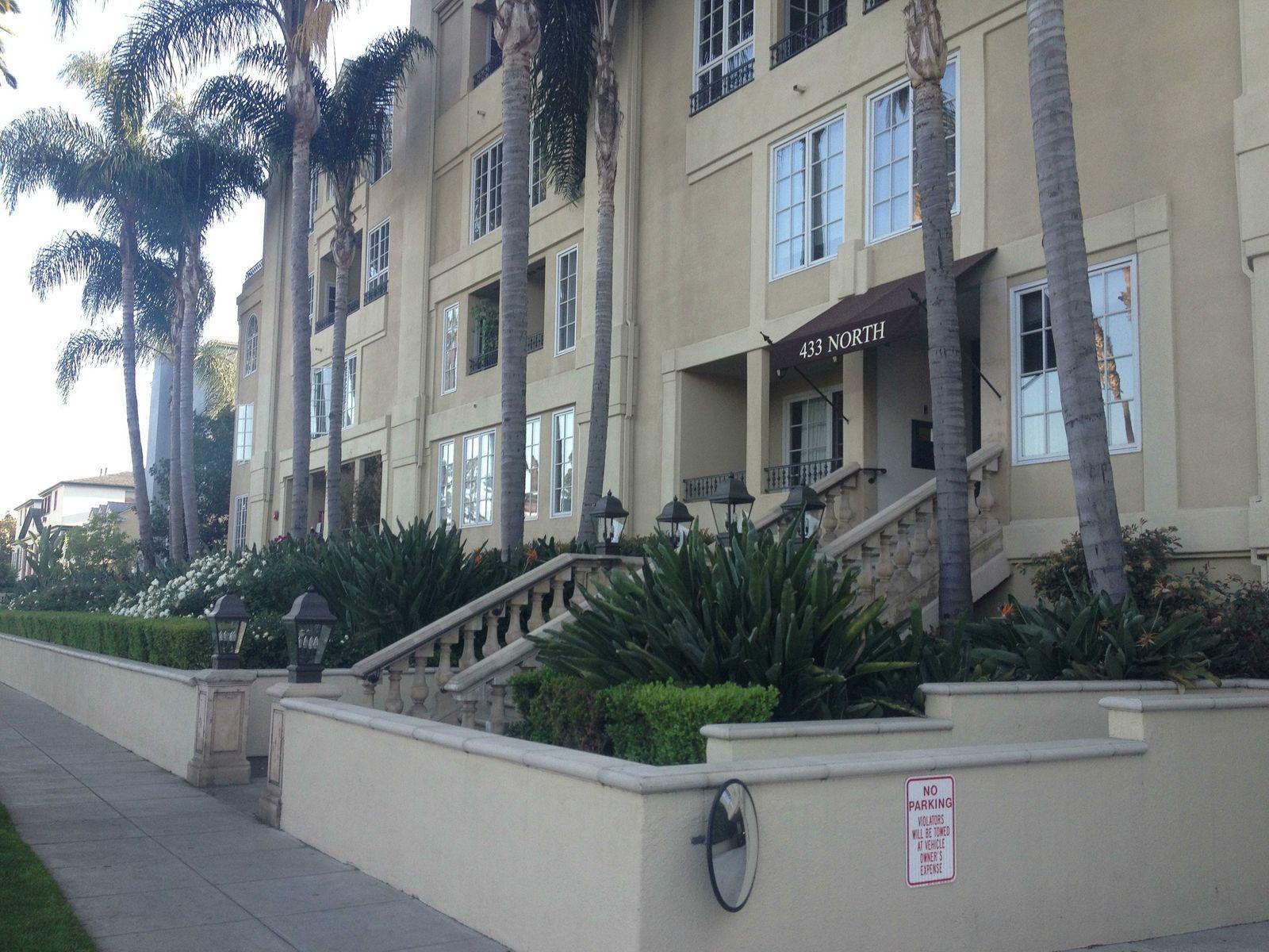 Gorgeous Beverly Hills PH Condo