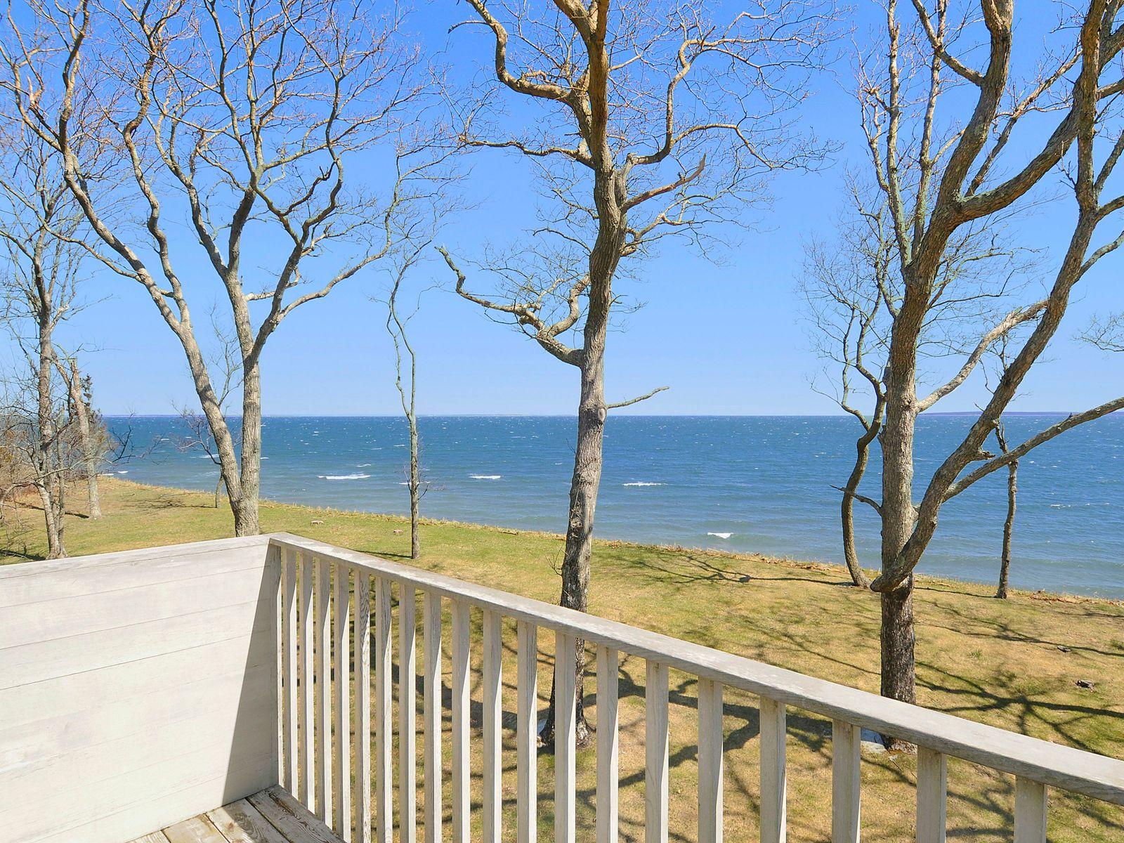Sweeping Views of Gardiners Bay