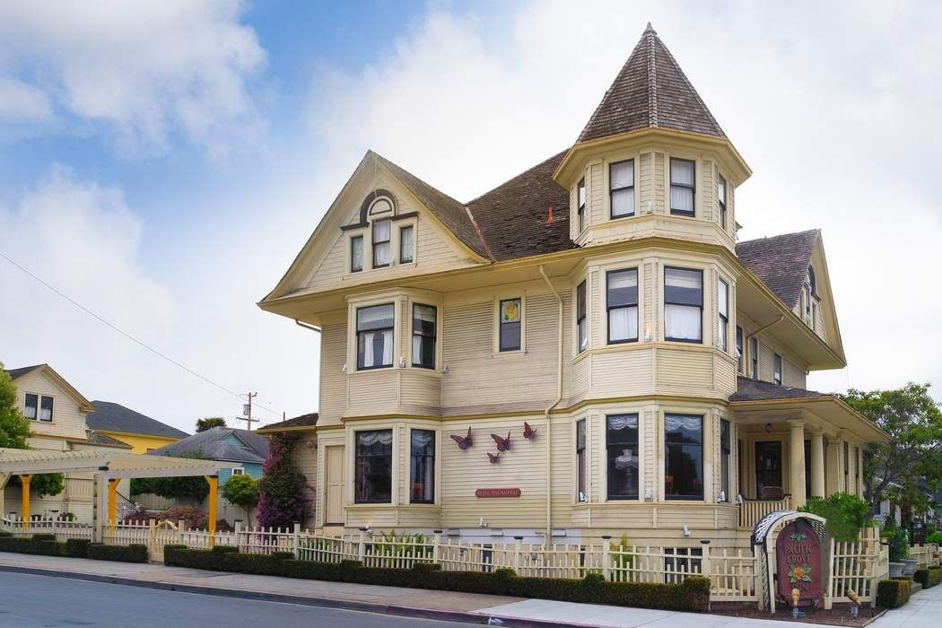Pacific Grove Inn & Suites
