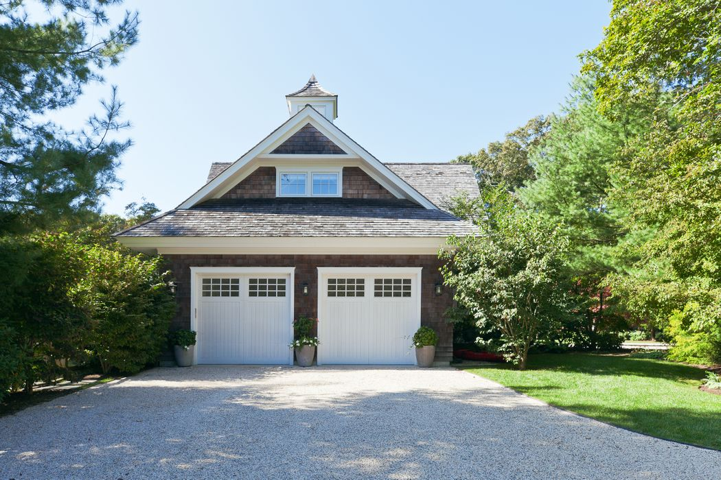 10 Jones Cove Road East Hampton, NY 11937
