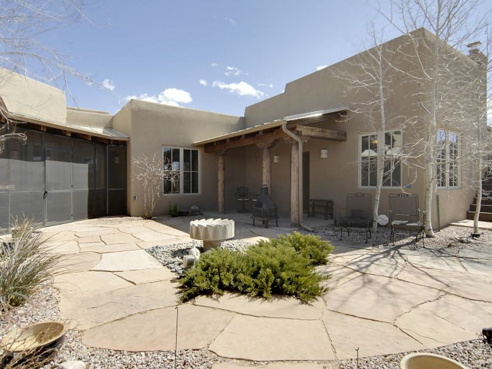 32  Camino De Vecinos, Santa Fe NM Single Family Home - Santa Fe Real Estate