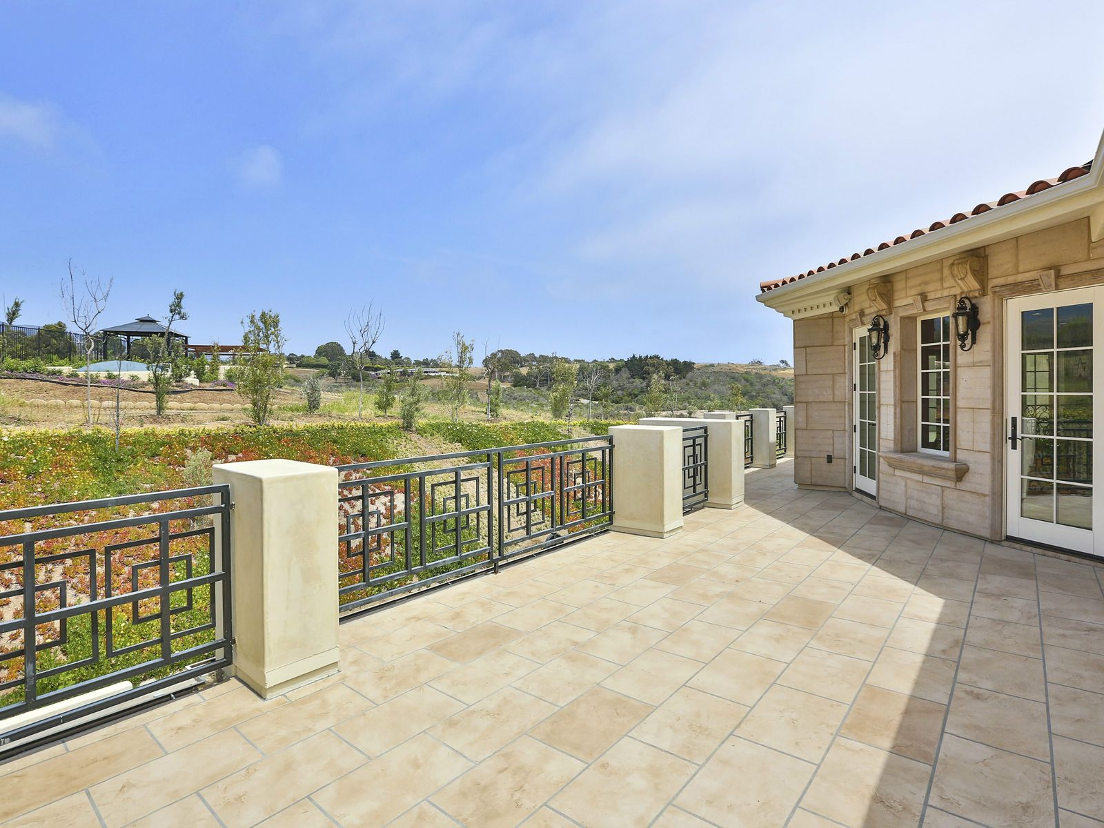 Neo-Classical Luxury Estate