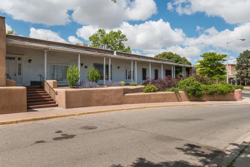 200 W De Vargas, Suite 1 Santa Fe, NM 87501