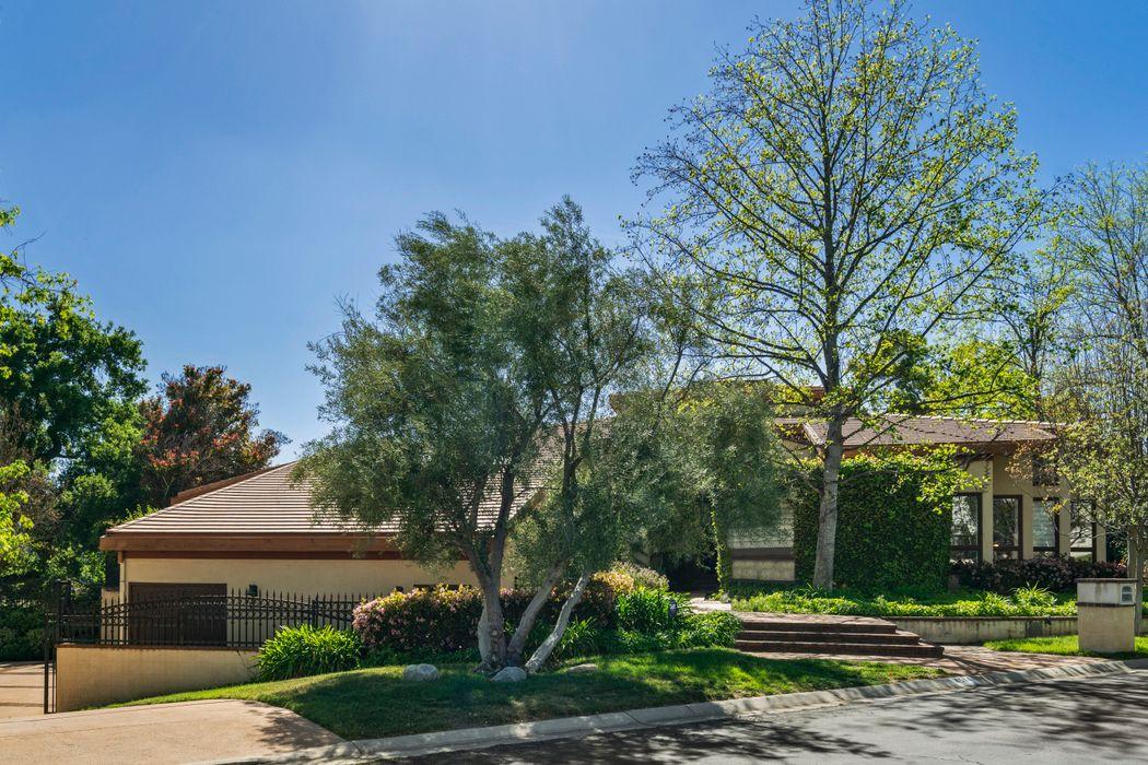 4514 Rayburn Street Westlake Village, CA 91362