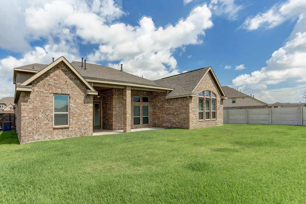 4903 Enchanted Springs Drive Rosharon, TX 77583