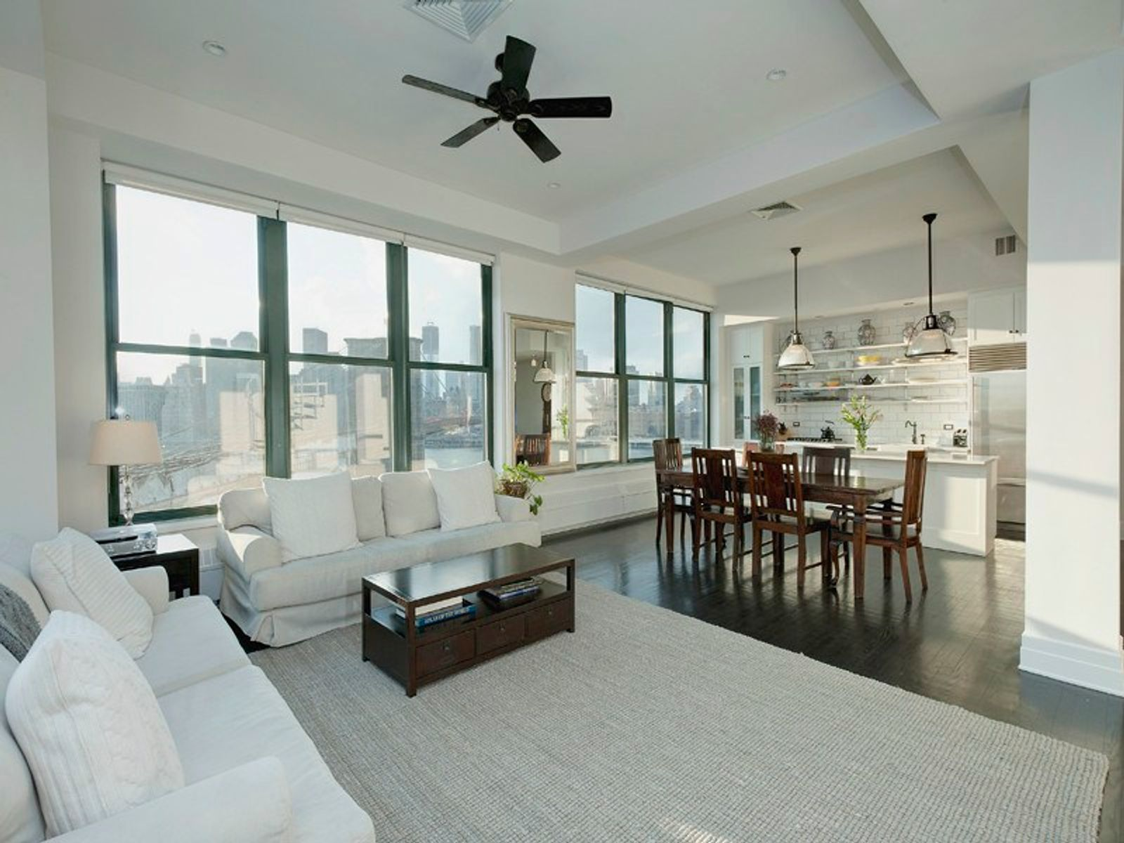Stunning Sweeney Penthouse with Terrace