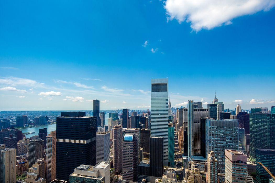 151 East 58th Street New York, NY 10022