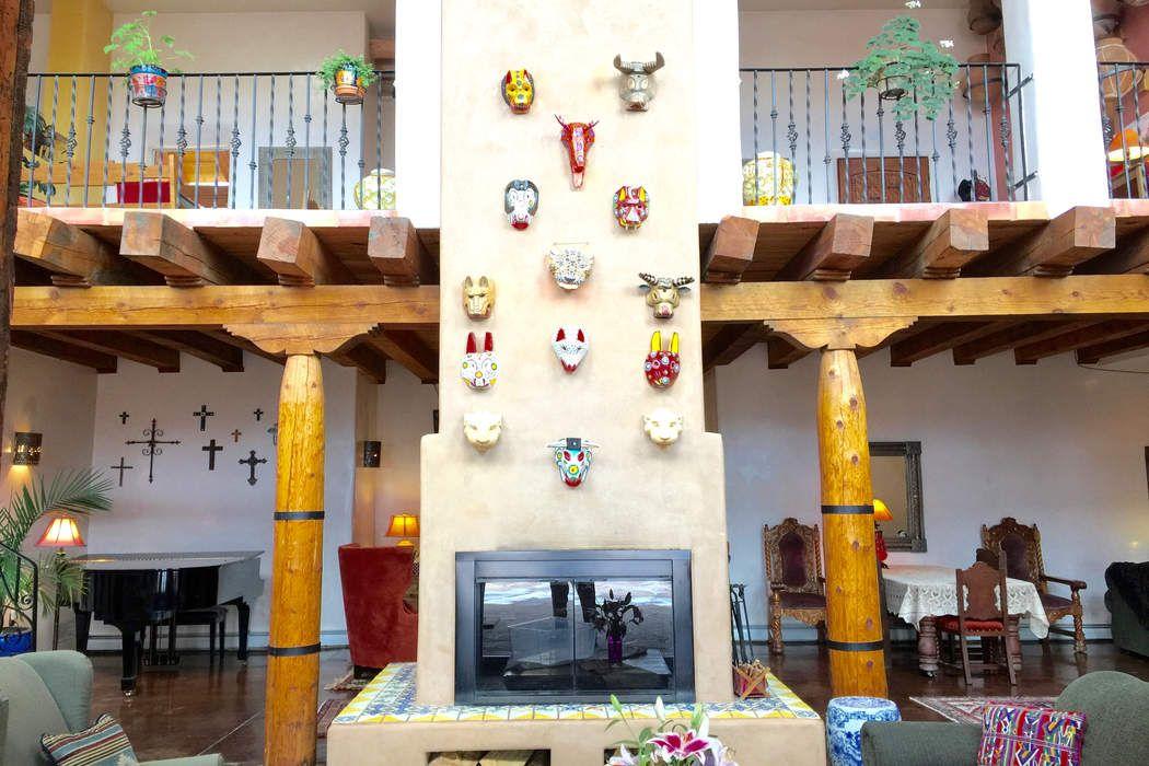 78 Vista Del Oro Santa Fe, NM 87010