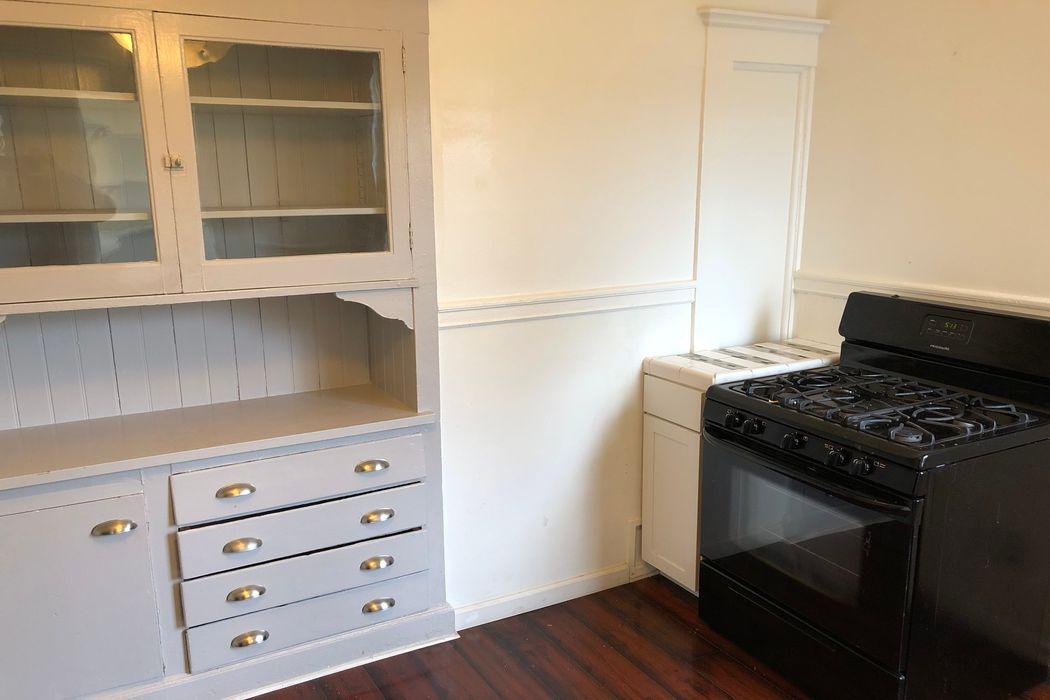 Large Edwardian-Era Apartment  San Francisco, CA 94115