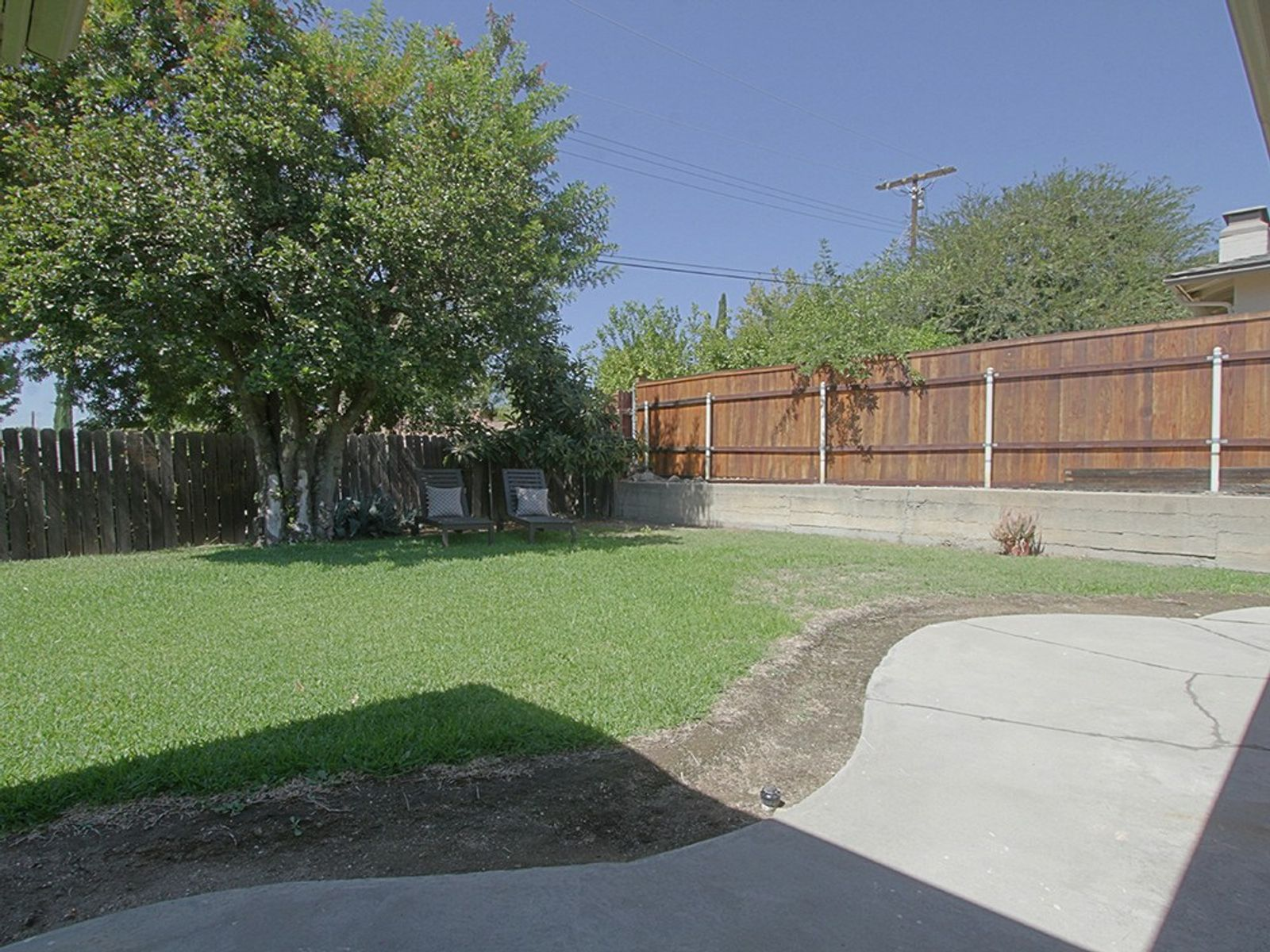 1295 Hastings Ranch Drive