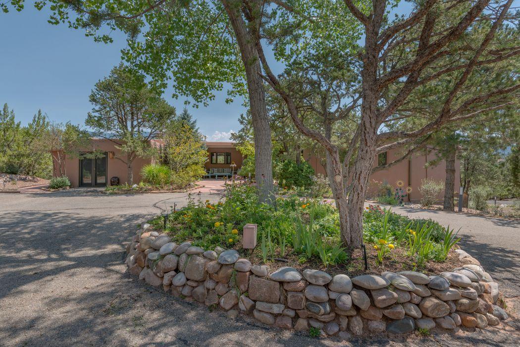 1112 Calle Catalina Santa Fe, NM 87501