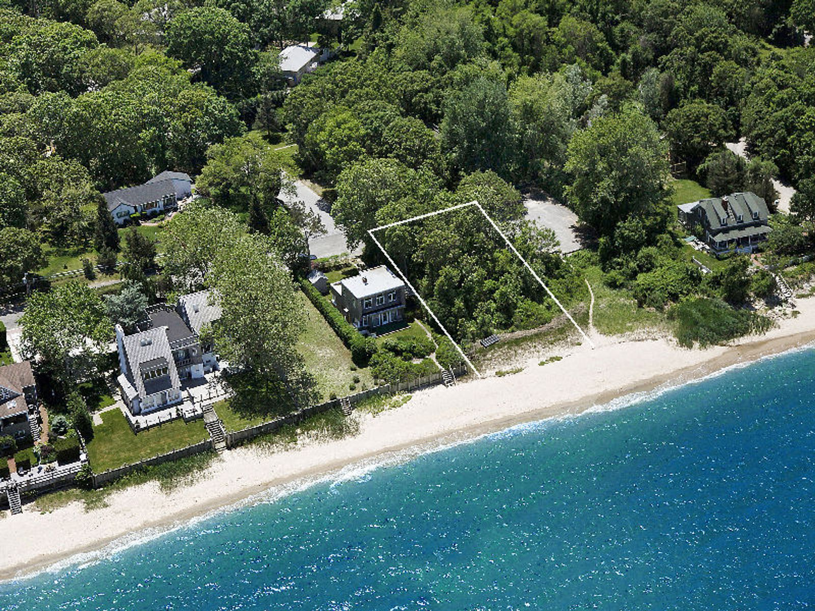 Exceptional Beach Front in Sag Harbor  , Sag Harbor NY Acreage / Lots - Hamptons Real Estate