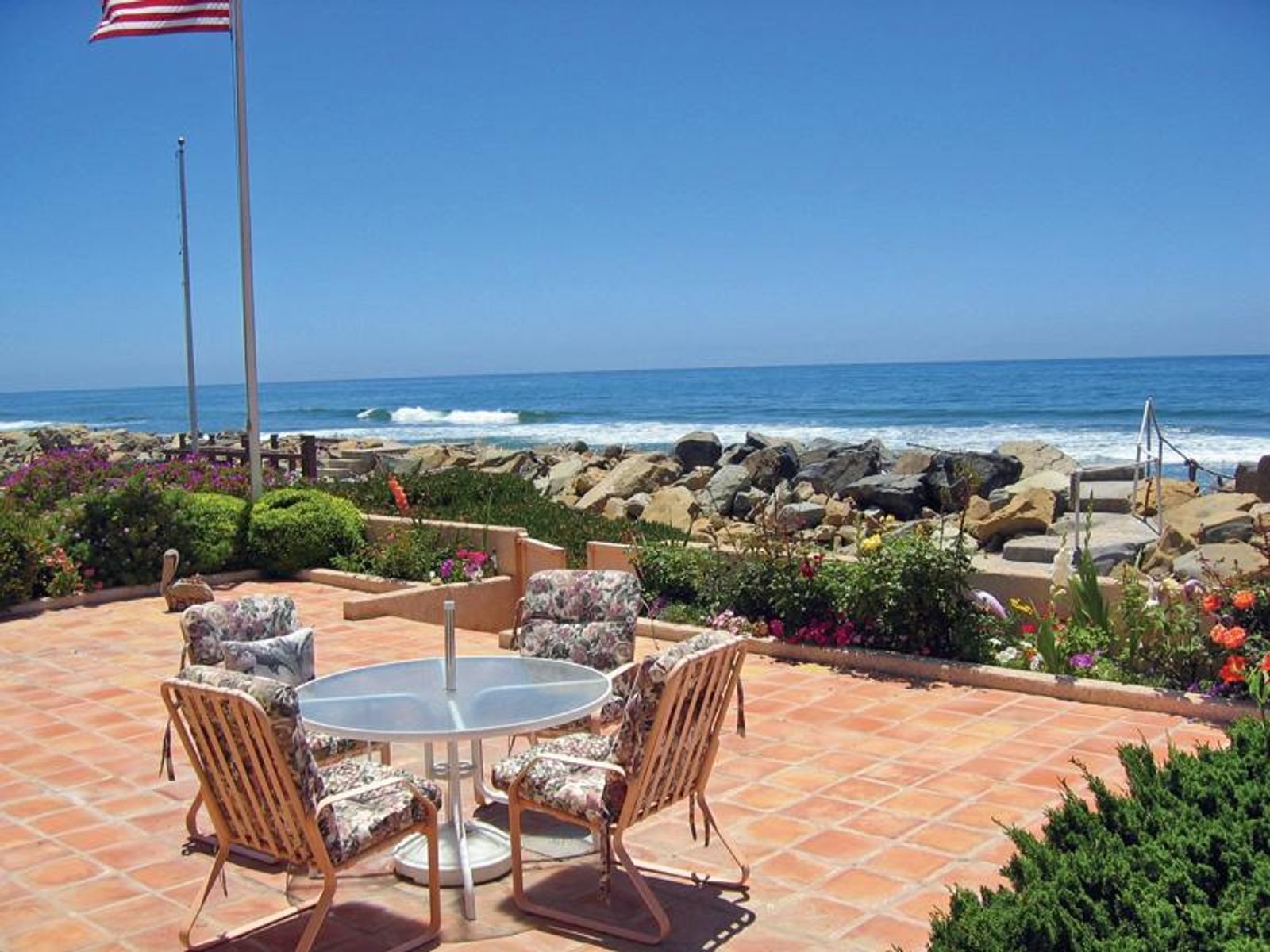 Spectacular Oceanfront Estate, Ventura CA Single Family Home - Ventura Real Estate