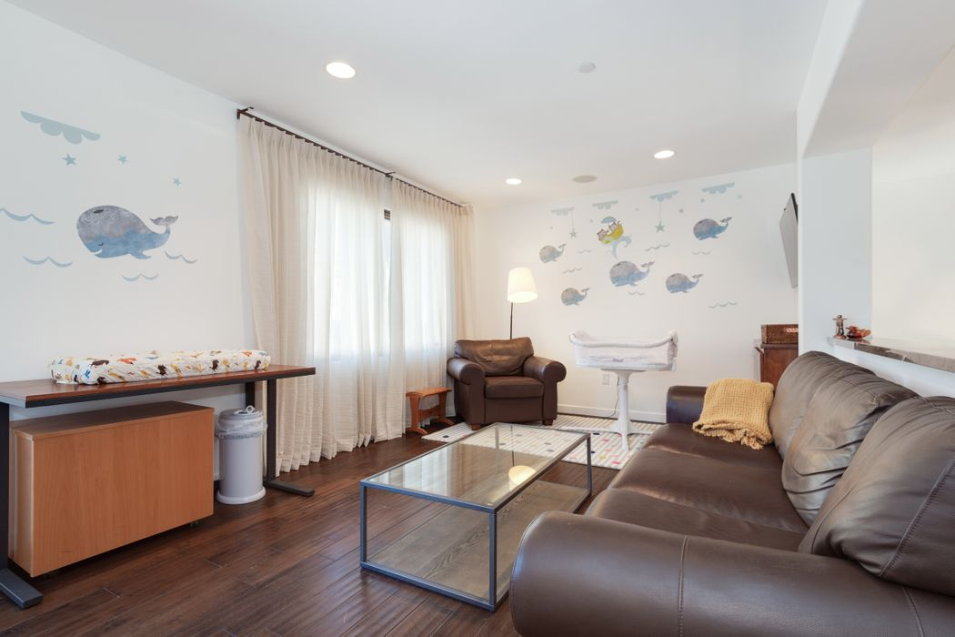 2001 Idaho Avenue, #2 Santa Monica, CA 90403