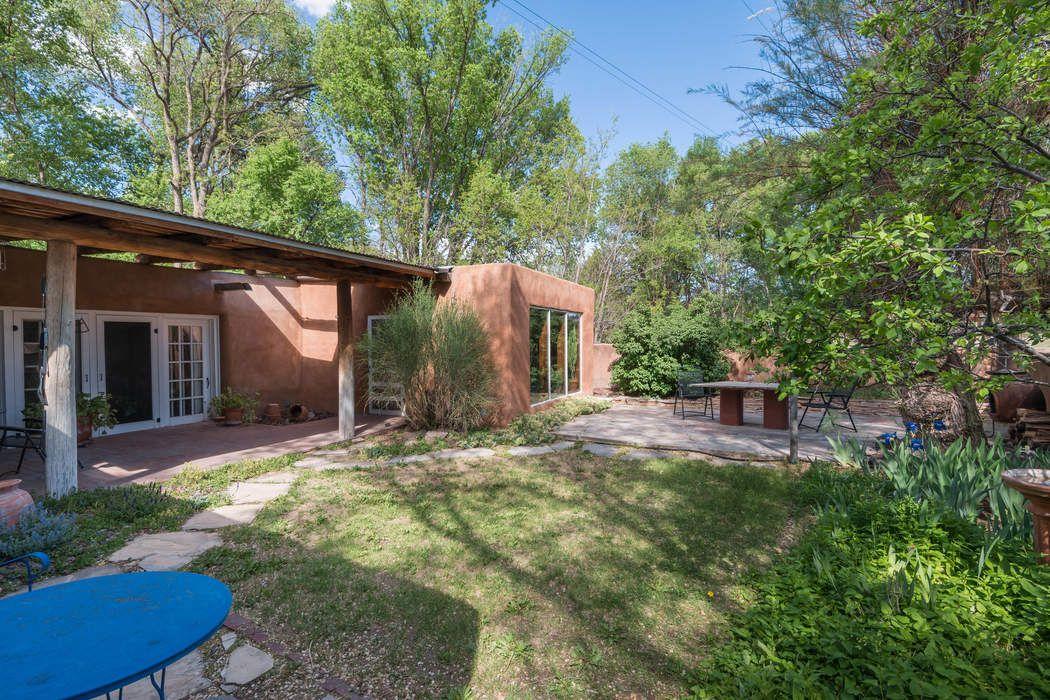 20 County Road 84b Santa Fe, NM 87506