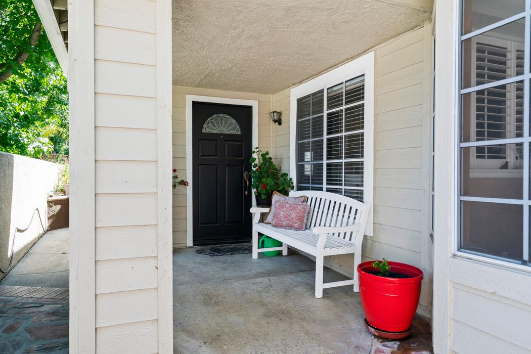 5574 Ridgeway Court Westlake Village, CA 91362