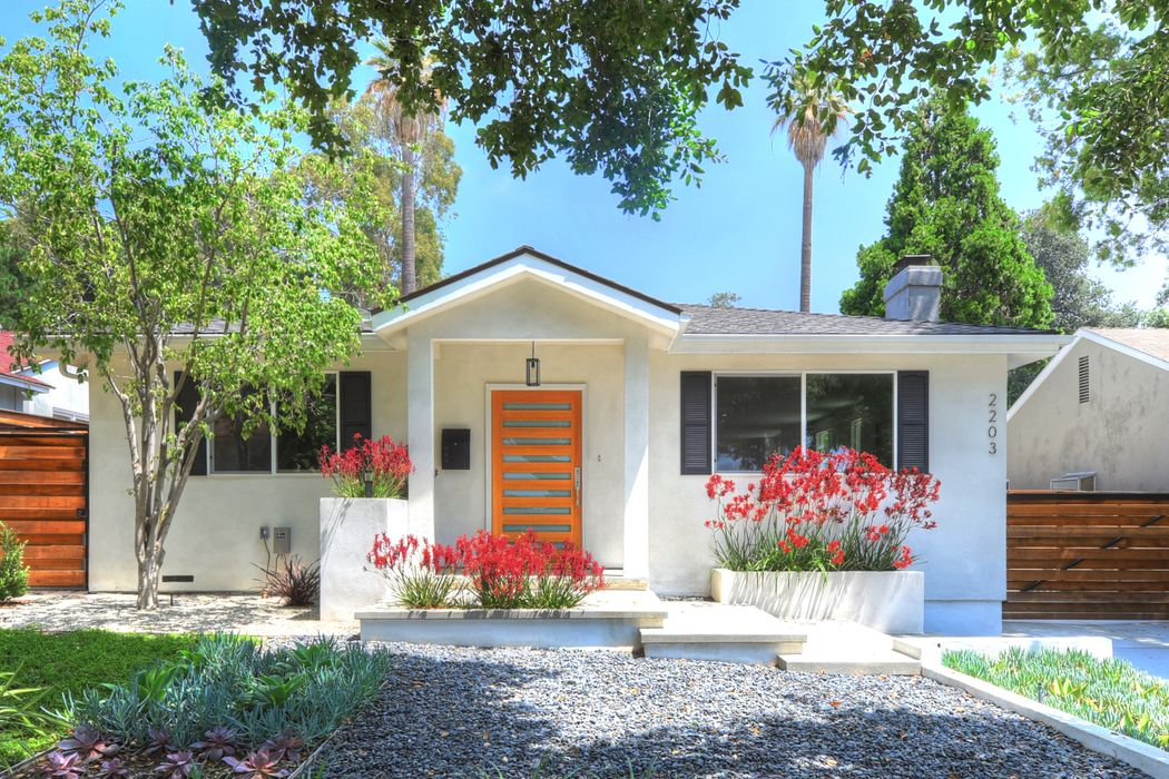 2203 Garfias Drive Pasadena, CA 91104