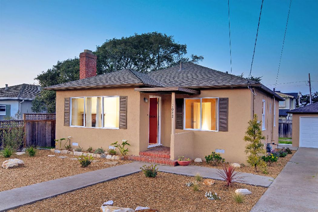 Pacific Grove Beach Bungalow