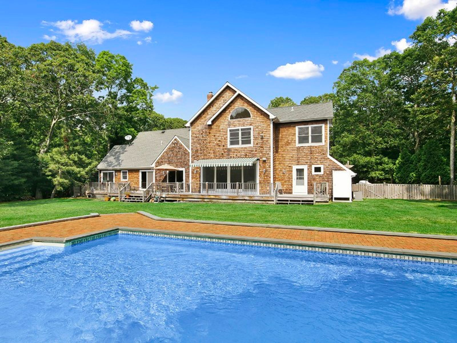 Immaculate Traditional, By Access, Southampton NY Single Family Home - Hamptons Real Estate