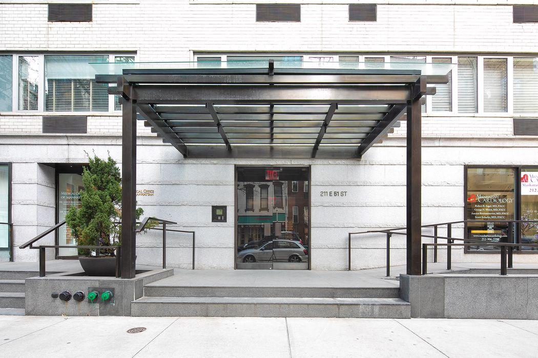 211 East 51st Street New York, NY 10022