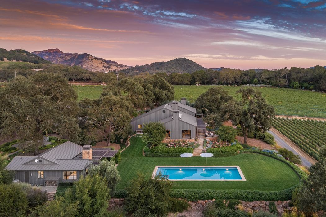 Oakville Luxury Estate Oakville, CA 94562