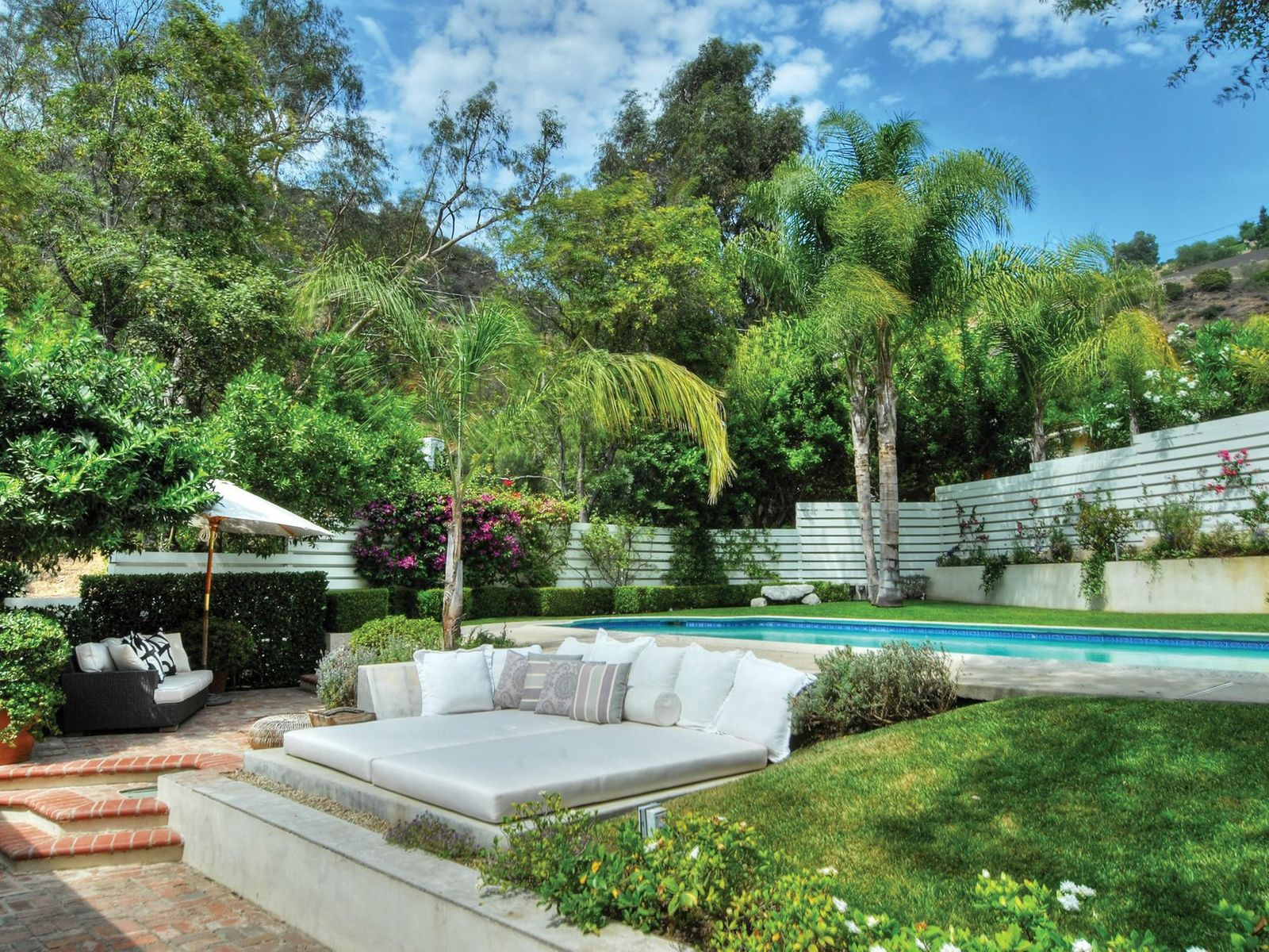 Your Own Private Hideaway, Beverly Hills CA Single Family Home - Los Angeles Real Estate