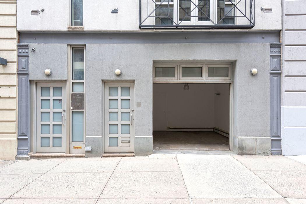 241 West 17th Street New York, NY 10011