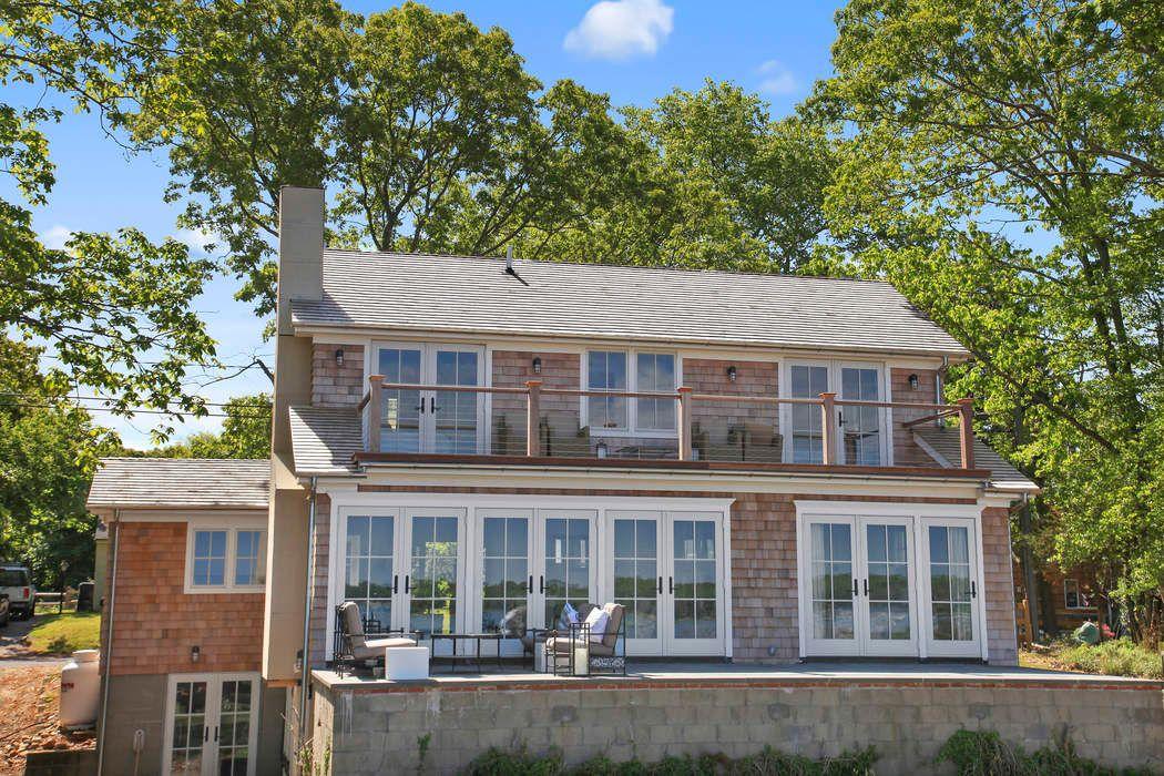 11 Breeze Hill East Hampton, NY 11937