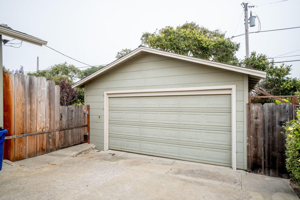 632 Spazier Avenue Pacific Grove, CA 93950