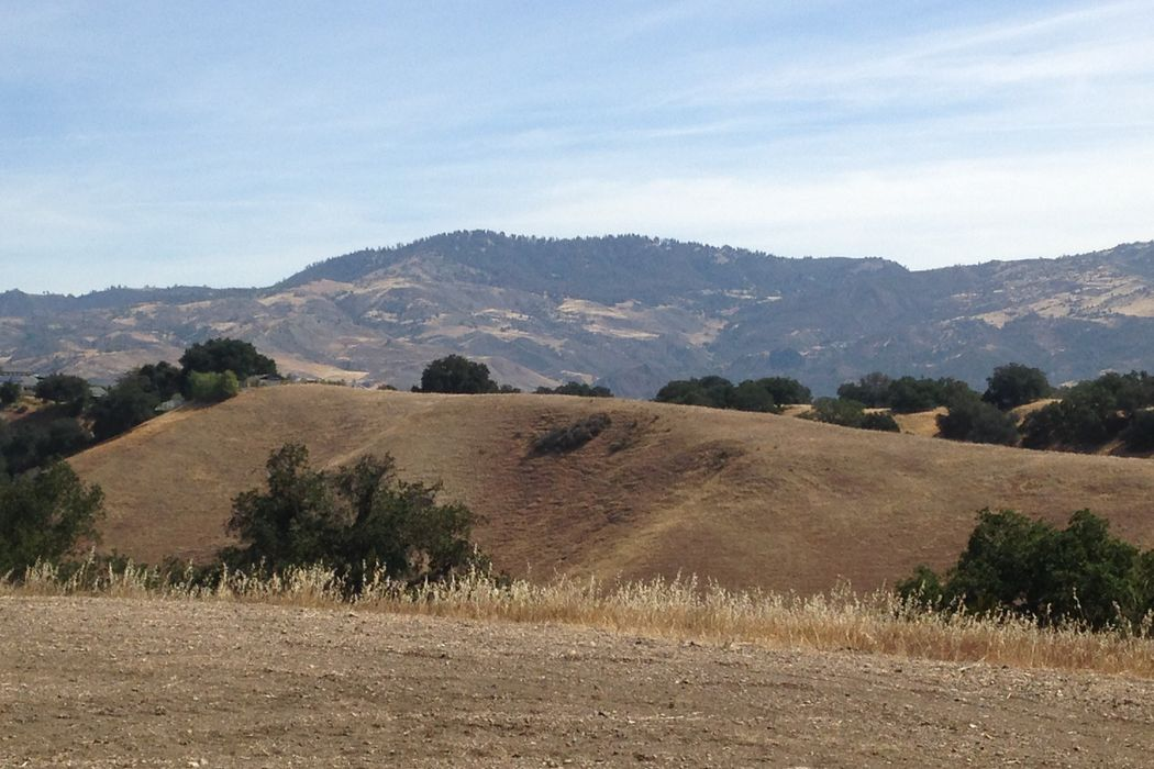 3353 Long Valley Road Santa Ynez, CA 93460