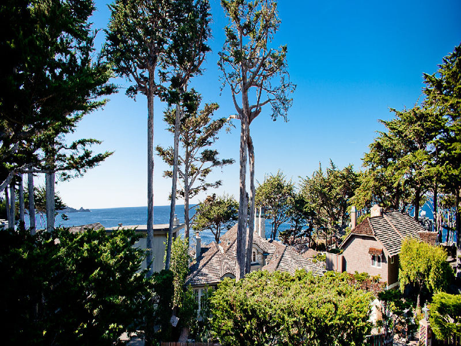 Carmel Point Contemporary, Carmel CA Single Family Home - Monterey Real Estate