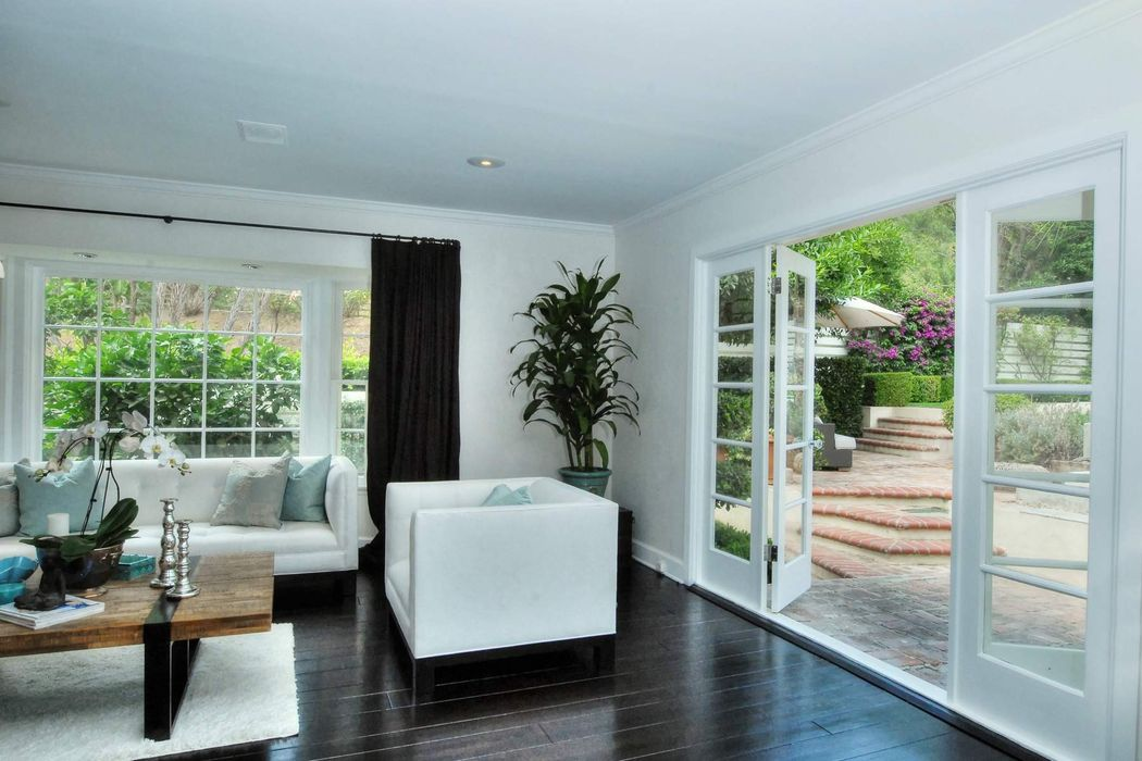 Your Own Private Hideaway Beverly Hills, CA 90210
