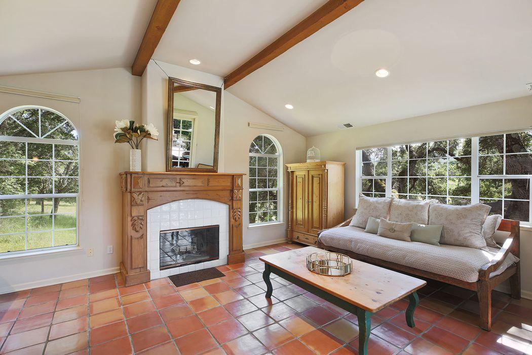 4556 Keiser Ranch Rd Glen Ellen, CA 95442