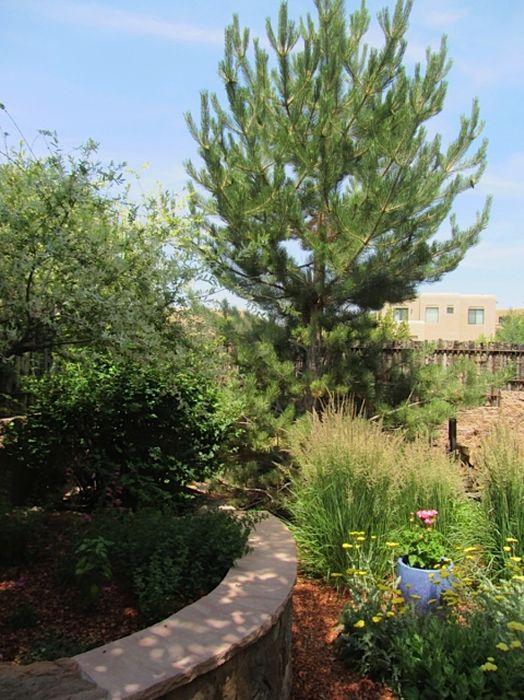 1630 Villa Strada Santa Fe, NM 87506
