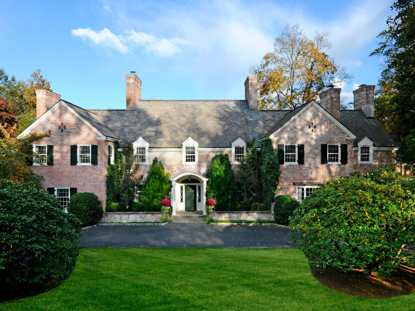 Meadowcroft, Greenwich CT Single Family Home - Greenwich Real Estate
