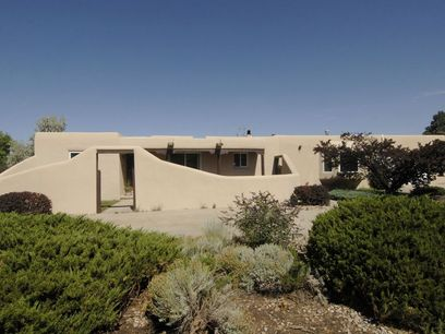 2429 Camino de Vida, Santa Fe NM Single Family Home - Santa Fe Real Estate