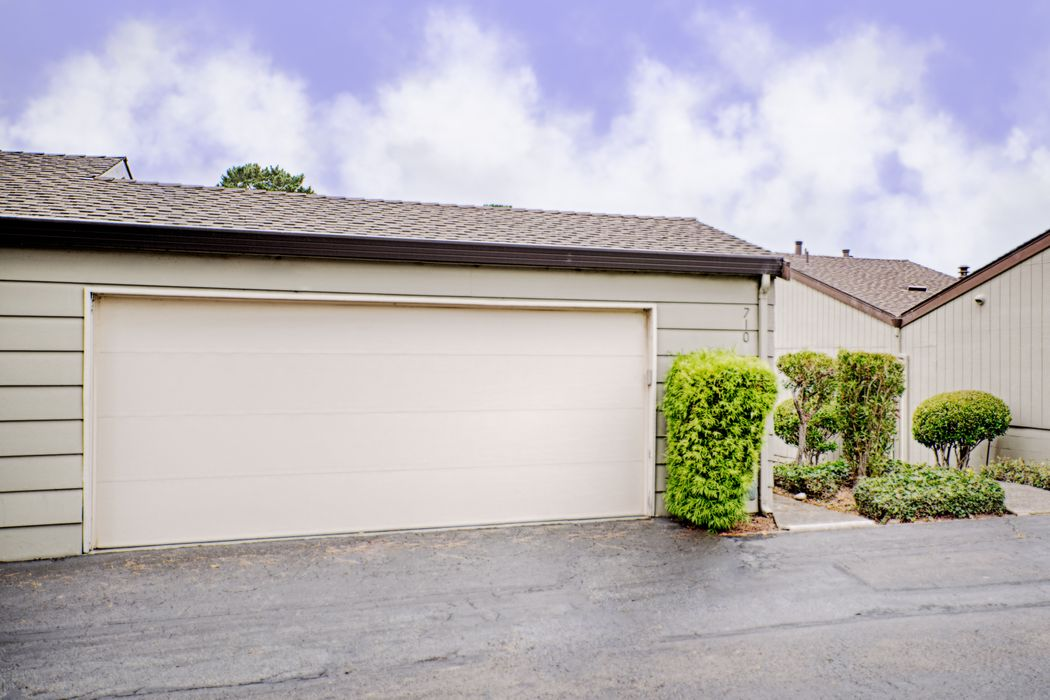 710 Timber Trail Pacific Grove, CA 93950
