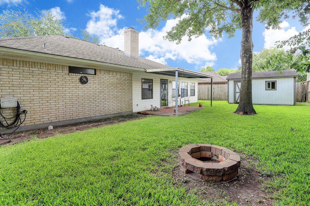 3813 Regency Drive Deer Park, TX 77536