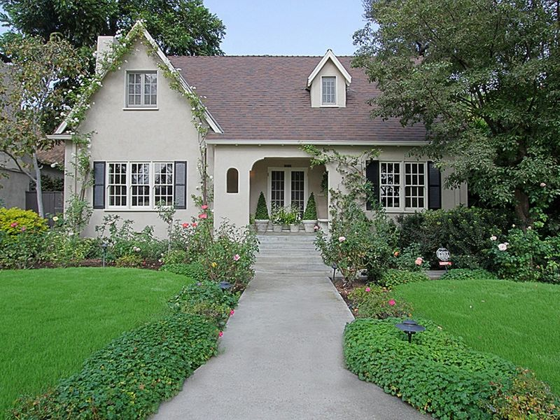 Charming english cottage south pasadena ca single family for California cottage style homes