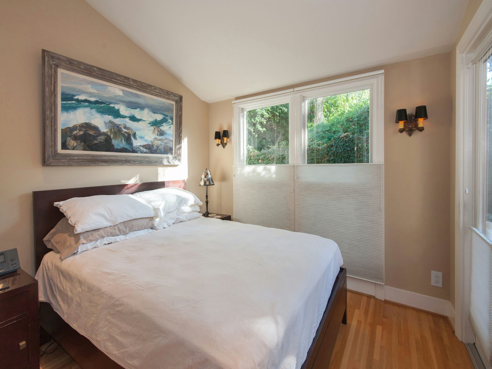 Charming West Hollywood Bungalow