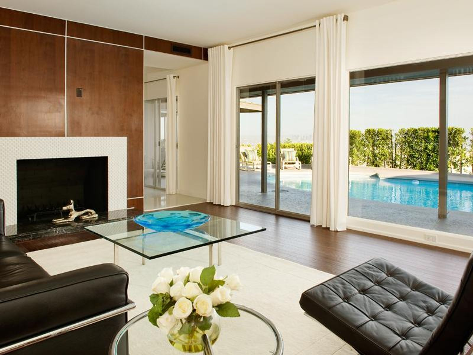 Lovely Contemporary with Pool and Views, Los Angeles CA Single Family Home - Los Angeles Real Estate