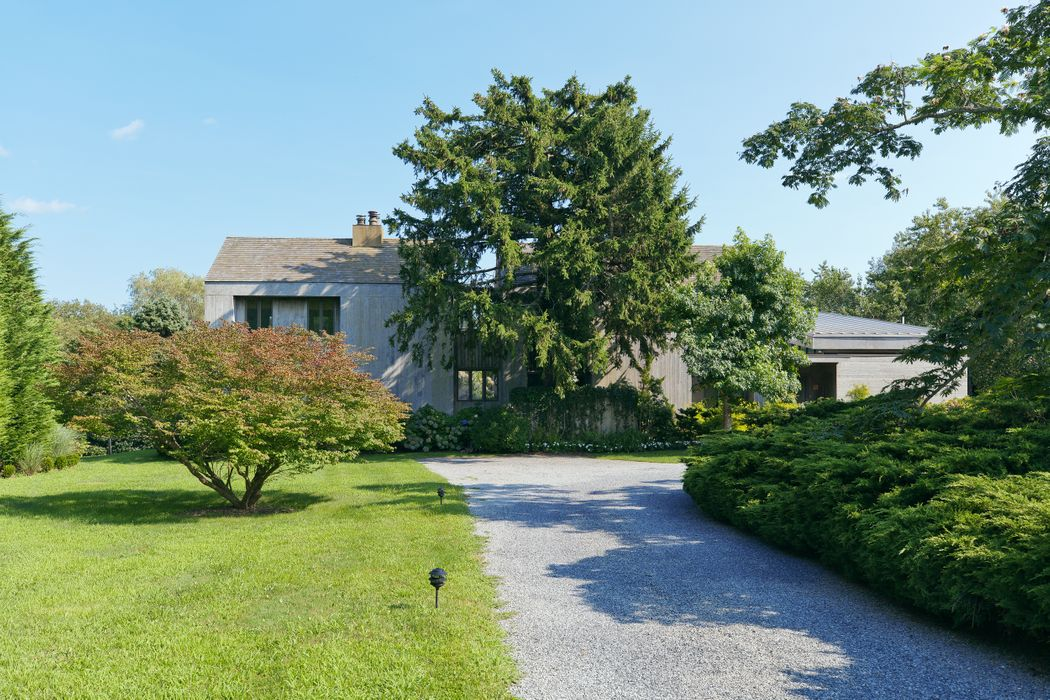 41 Wild Goose Lane Water Mill, NY 11976