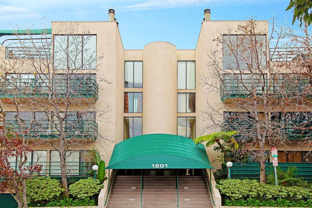1201 Larrabee Street West Hollywood, CA 90069
